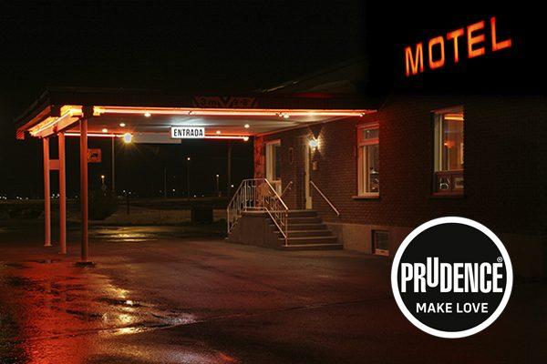 Entrar a motel por primera vez