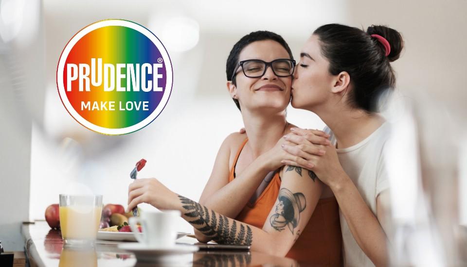 La sexualidad es una de las partes más esenciales de cualquier persona y su desarrollo no sólo depende de las relaciones sexuales, sino también del deseo de contacto, intimidad, placer, ternura, atracción y amor.